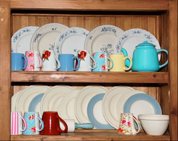 Vintage Kitchen Dishes