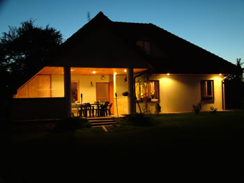 Residential Outdoor Lighting Guide