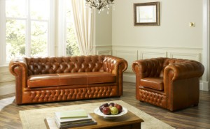 The construction as well as the style is important when selecting a sofa.