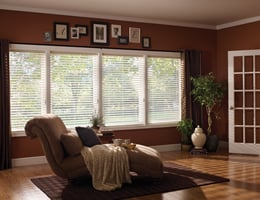 Red Light Filtering Insulating Blinds